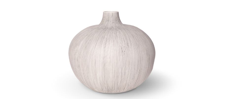Bari XXL är en stor vas från Lindform i vacker grå färg