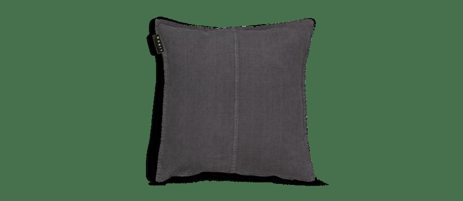 Kuddfodralet West i linne och färgen Granite Grey från svenska Linum