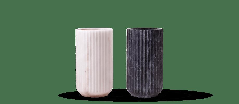 Lyngby Vas i vit eller svart marmor