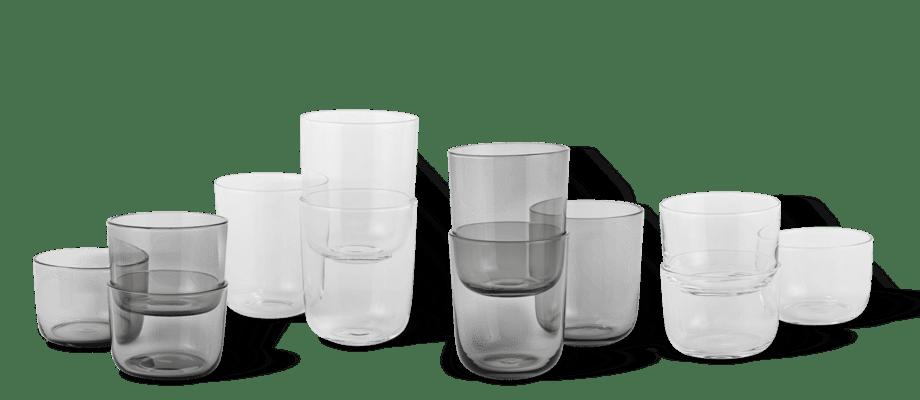 Muuto Corky Glasses Dricksglas i klart och grått glas, i storlekarna low och tall