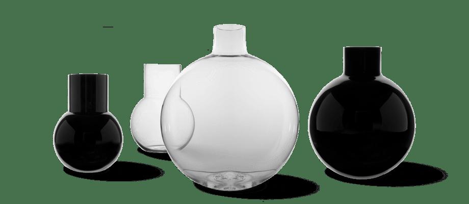 Skrufs Glasbruk Pallo Vas i klarglas och svart, i storlekarna junior, liten och stor