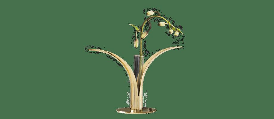 Glasinsatsen från Skultuna förvandlar ljusstaken Liljan till en vacker vas