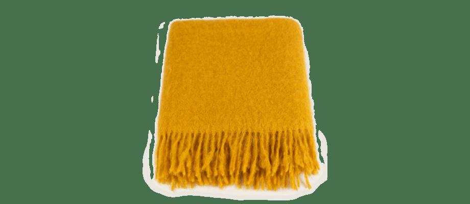 Stackelbergs Mohair Rolled Fringe Mustard Pläd i senapsgul färg