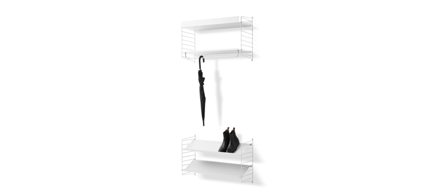 Stringhylla med både skohylla och hatthylla i vit färg